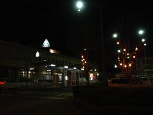 三次駅は真っ暗